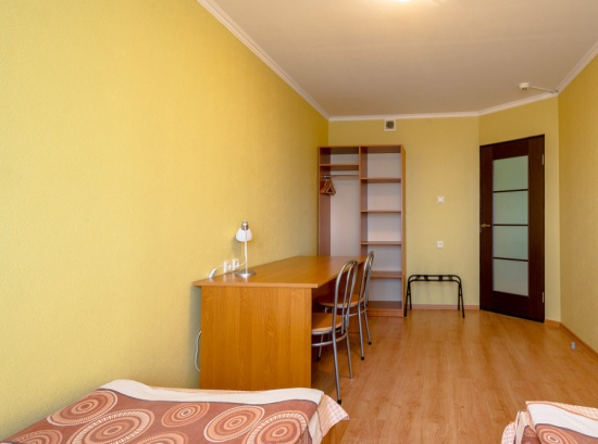 Divu guļamistabu dzīvoklis